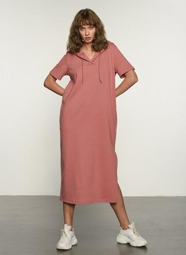 People By Fabrika Kadın Yırtmaç Detaylı Örme Elbise PFKSS21EL0029 Gül Kurusu